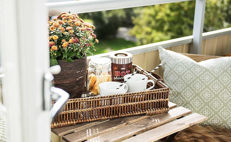 Mysig balkong från en hyresrätt hos Balder i Uppsala